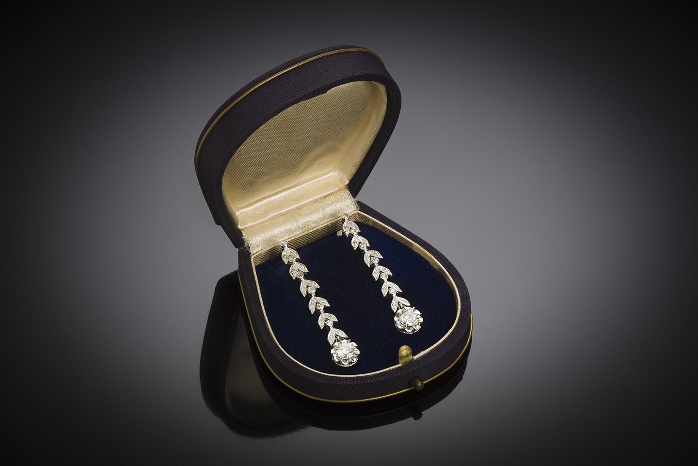 Pendants d'oreilles diamants (2 carats) vers 1935-1