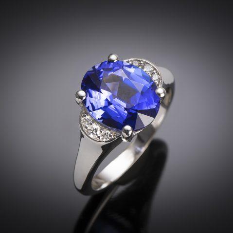 Bague tanzanite (3,76 carats) diamants