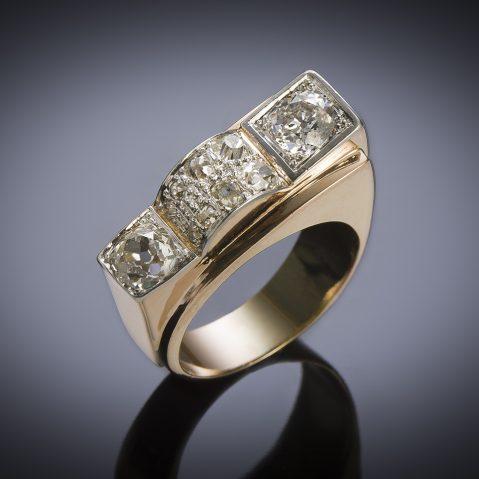 Bague vers 1940 diamants (1,60 carat, principal 0,80 carat)
