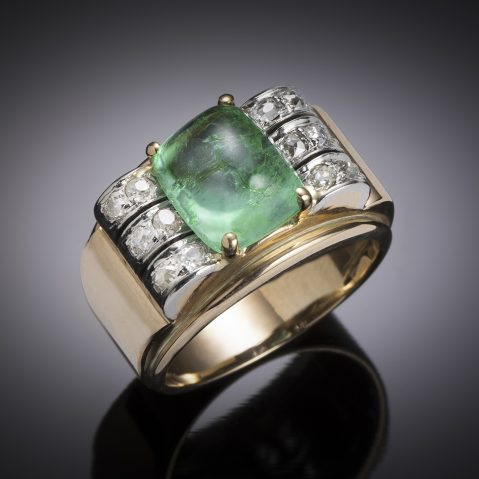 Bague émeraude cabochon (Colombie, 4 carats – certificat laboratoire) diamants vers 1940